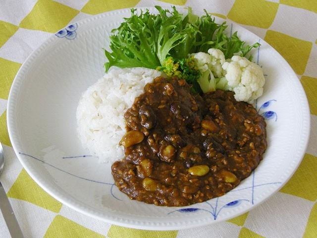 秘伝豆と豆いろいろカレー