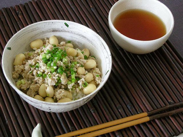 たまふくら大豆の「スタミナ納豆風」丼