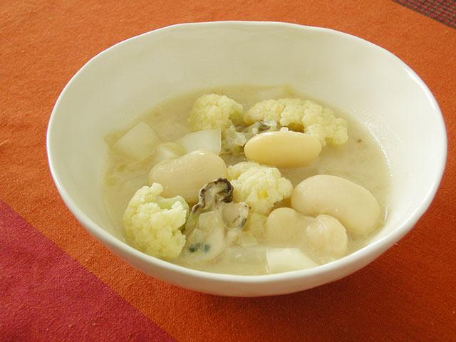 白花豆と白いろいろシチュー